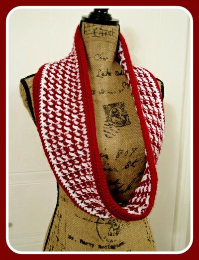 Seasonal Bliss Scarf by ELK Studio #crochet #crochetscarf #paidpattern