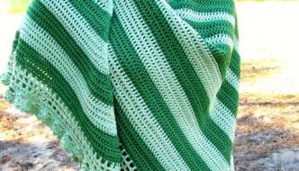 Perfectly Simple Elegance Shawl by ELK Studio #pattern #freepattern  #crochet